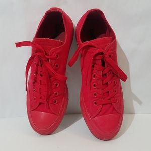 Converse All Stars low top red on red sneakers